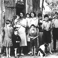 great depression in australia essay The unprecedented prosperity of the 1920s was suddenly gone, the great depression was upon the nation, and breadlines became a common sight there were fundamental structural weaknesses in the american economic system.